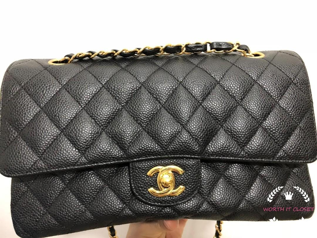 $5800 Only! PRELOVED CHANEL MEDIUM CAVIAR GHW #16   *condition like new*  Comes with full set no receipt Interested WhatsApp +6592748838