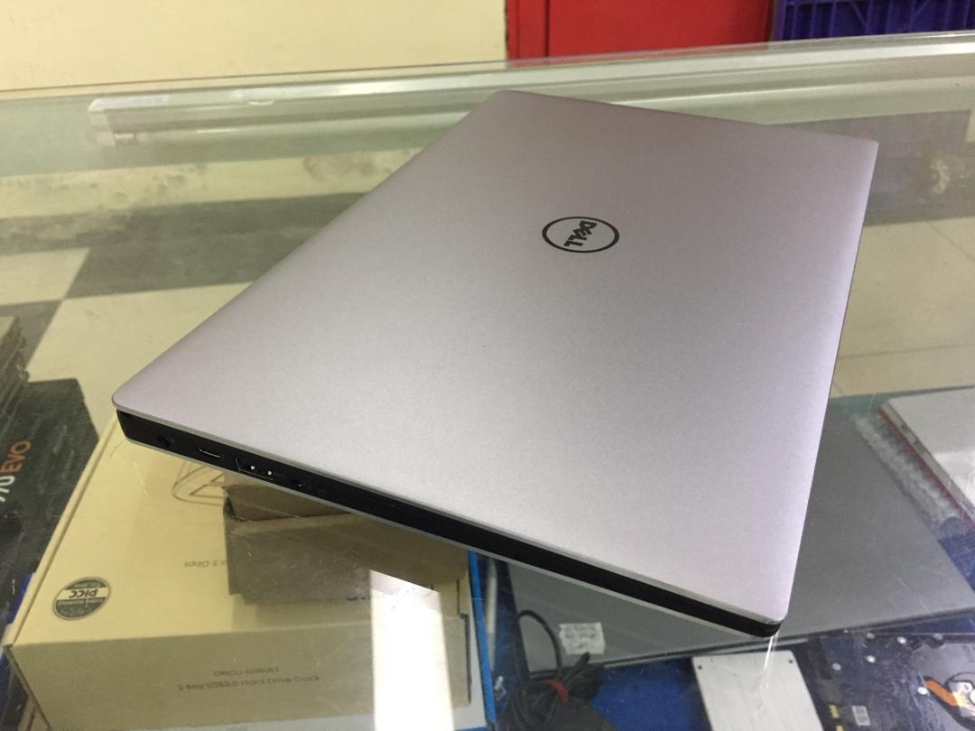 Laptop Dell XPS 13 9360 Core i5