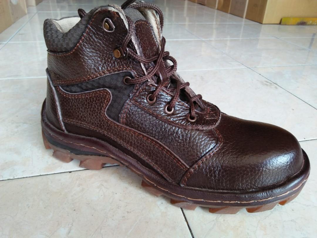 mauthr#Sepatu Boots