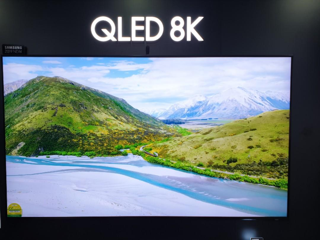 One set 65 Inches 8K Sale!!! Samsung 65 inches 8K QLED TV
