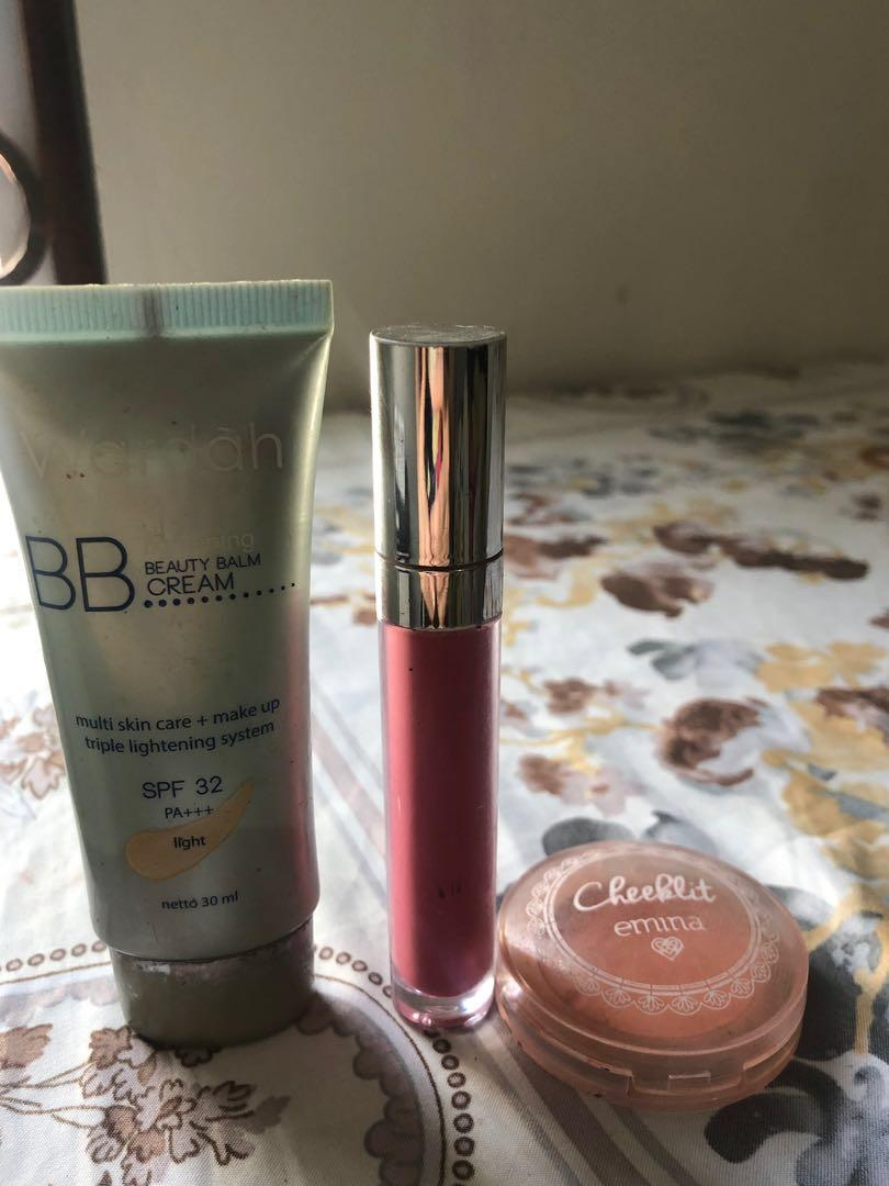 PAKET D Wardah Lipmatte, Emina Blush On, Wardah Bb cream