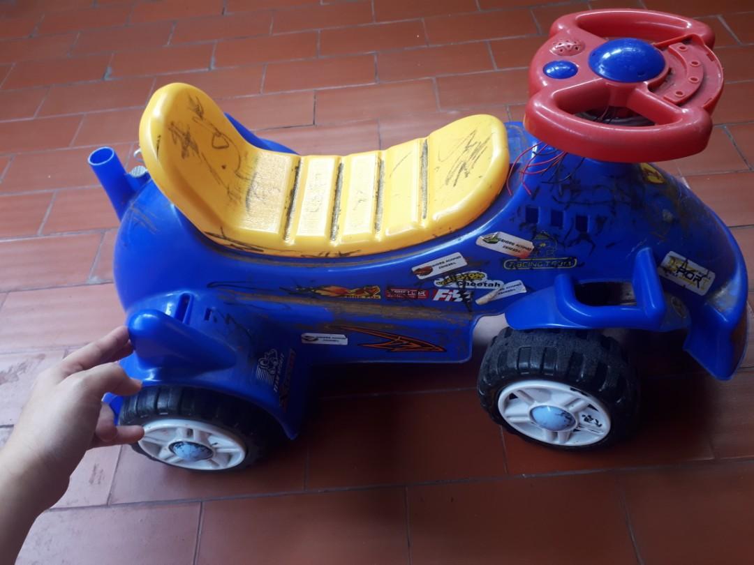 PRELOVED Mobil2an anak (no brand)