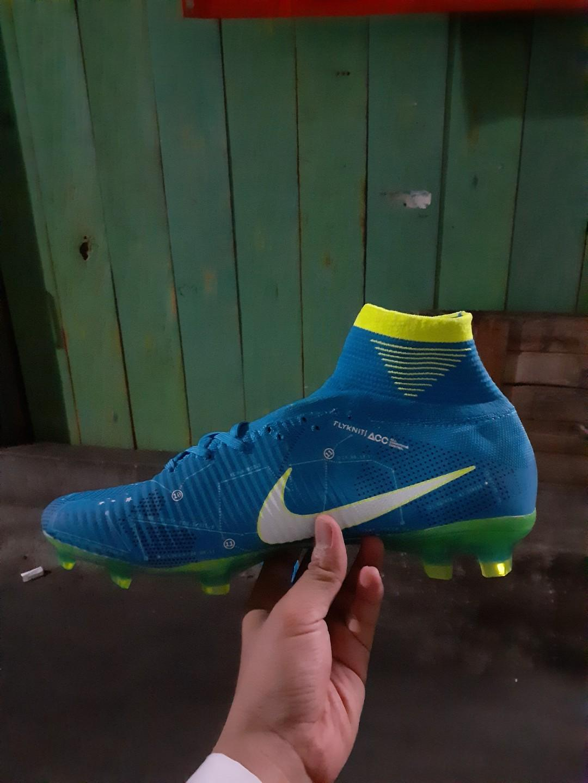 Sepatu Bola Nike Neymar
