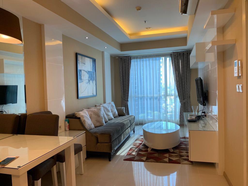 Sewa Perhari Apartment Casa Grande 1 br, 1 btr
