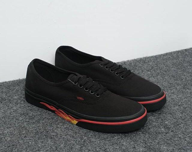 Vans Authentic Flame Well