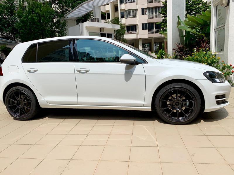 Volkswagen Golf 1.2 TSI DSG Auto