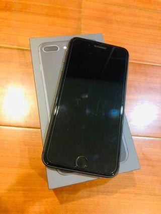 iPhone 8 Plus 64g 黑