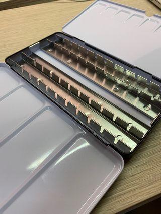 Watercolour palette casing