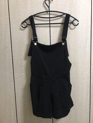 🚚 全新#黑色吊帶短褲