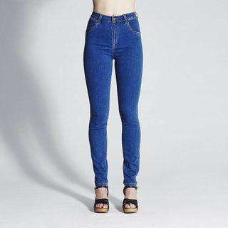Hi Twiggy Wrangler Jeans