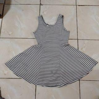 Dress scuba