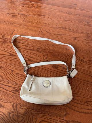 Authentic coach convertible hand carry or side bag
