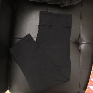 AE Black highwaist tights