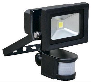 LED PIR Floodlight 10W PIR 820lm - 0027