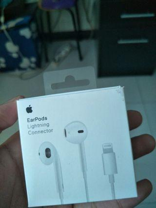 🚚 Apple Earpods