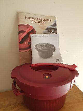 Tupperware Micro Pressure Cooker