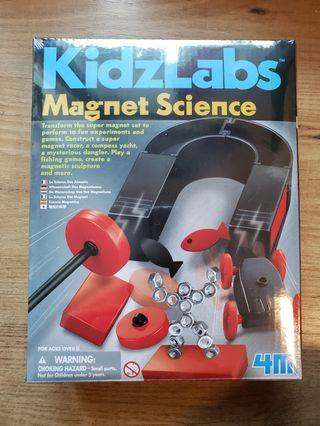 Kidzlabs STEM 玩具