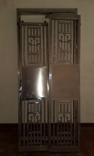 Stainless Steel security gates 不锈钢安全门