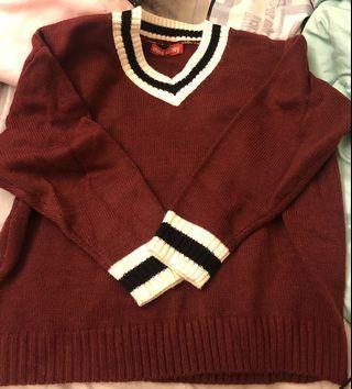 🚚 全新酒紅色針織V領毛衣