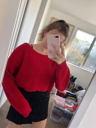 Cropped red knit