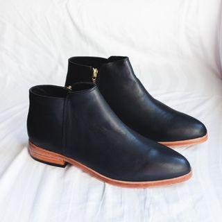 Nisolo Lana Ankle Boot (Black, Size 8)