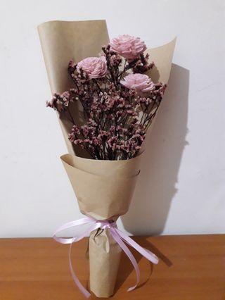 乾燥花 粉色索拉花束