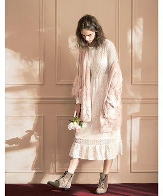 Lovfee白色氣質緹花蕾絲長洋裝