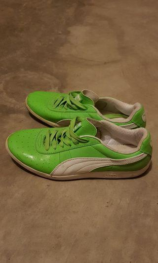 Women's Puma Sample Shoes Size 7 Green/Lime colour very good condition