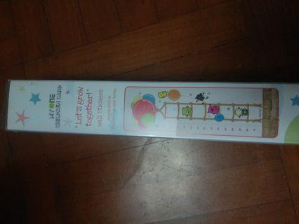 Kid's height measurement wall sticker 兒童度高牆貼
