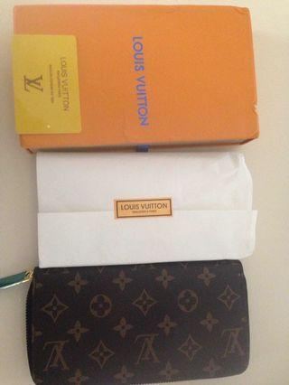 Lv wallet women
