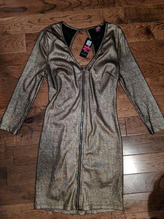 NWT 2B by BEBE gold zip dress!