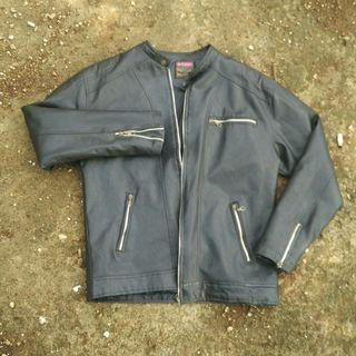 #mauthr jaket kulit