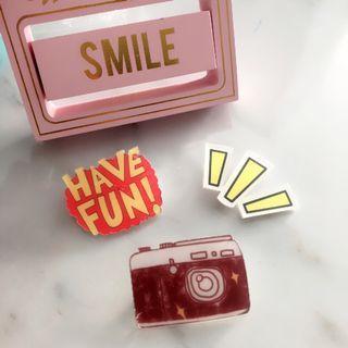 Camera Pin Badge Brooch ‼️5 FREE 1‼️