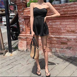 Tube black romper with details