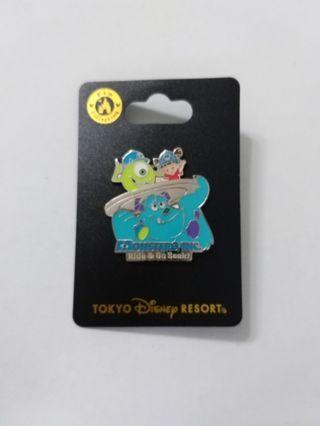 Disney Pin pins 廸士尼徽章 襟章 (包郵) 毛毛 boo mike
