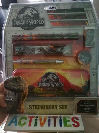 🚚 Brand new Jurassic World Stationery Set