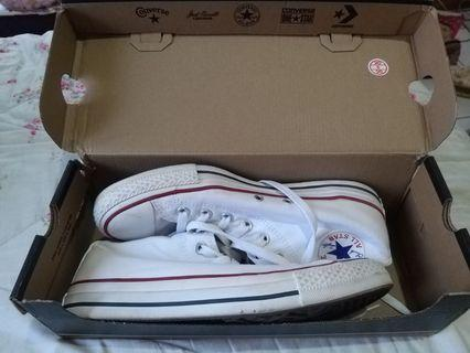 Preloved Converse White Canvas Shoes