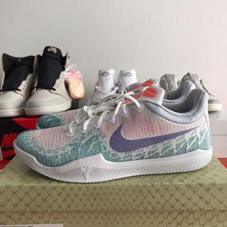 Nike Kobe mamba rage hyper raisin