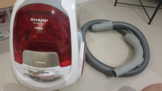 Sharp Vacuum cleaner to let go