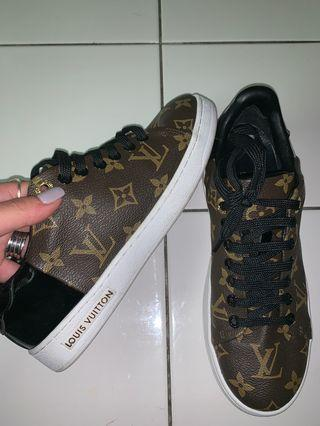BRAND NEW WITH BOX LV SNEAKERS