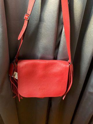 🚚 COACH leather Sling Bag