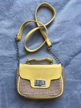 Yellow Valleygirl bag💛