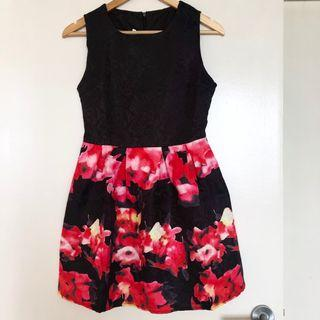 Brand new sleeveless peplum dress floral black and red