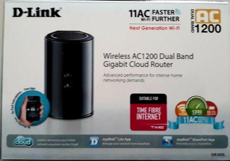RAYA OFFER - DLink AC1200 Dual Band Router