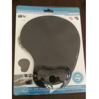 USB mouse free mouse pad - Garage sale everything must GO!