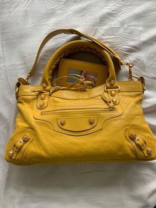 ⚡️FLASH SALE ⚡️Balenciaga First Bag