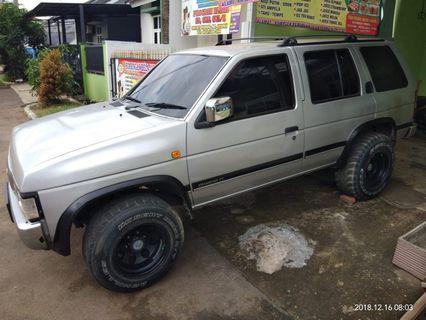 Dijual Nissan Terrano tahun 1997
