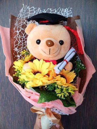 Graduation Flower/Bear Bouquet
