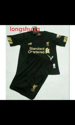 🚚 Liverpool Kids Goalkeeper 19/20 Kit