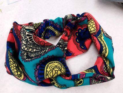 100%純手工製作個人設計,橡根布製頭帶